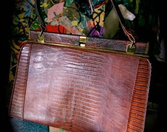 Authentic Melbourne handbag, 50s Lizard skin purse, Mad Men snap close Melbourne bag, Melbourne label wrist bag,