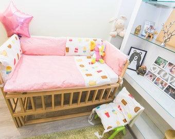 Newborn bedding/crib bumper set