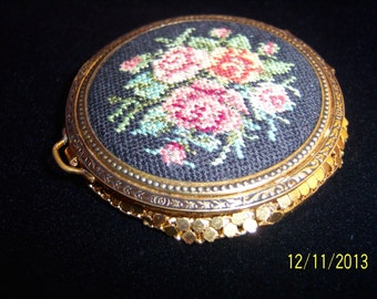 SALE!!! Vintage Evans Mesh Chain and Cross Stitch Compact