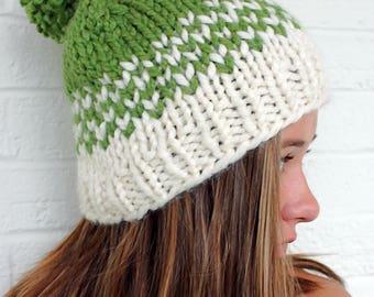 St Patricks Day Pom Pom Hat, Green Hat, Chunky Pom Hat, Pom Beanie, Womens Beanies Pom, Large Pom Pom, Womens Pom Pom Hat, Pom Pom Knit