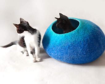 Cat Cave / Nap Cocoon / Cat Bed / House / Sleep Vessel / Cat Furniture - Hand Felted Wool - Crisp Contemporary Design - Teal to Blue Bubble
