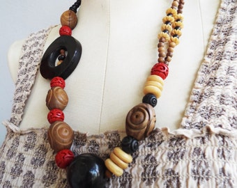 World Vibe Boho Necklace Horn and Wood Beads