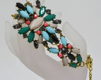 Charming multi colored gold tone bracelet