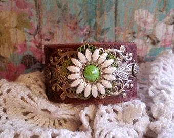 DaiSy FloWeR & Filigree Leather Bracelet~ Daisy Jewelry/ Green Daisy/ Flower/ Country Rustic/Field of Flowers/ Wild Flowers/ Floral Jewelry