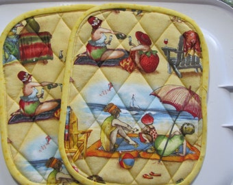 Ladies at the beach potholders - set of 2