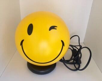 Lamp emoticons Happy lamp cod: GE-NICE