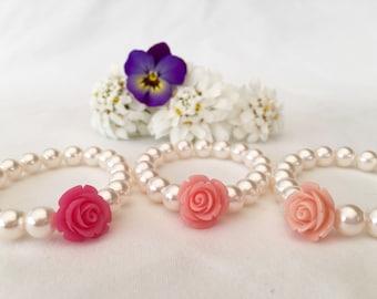 White pearl bracelet with flower, flower girl gift, flower girl bracelet, pink rose bracelet, kids flower bracelet, floral, wedding