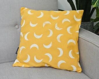 Cushion MOONY