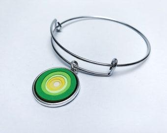 Paper bracelet, Paper jewelry, Ombre bracelet, Upcycled, Daisy, charm bracelet, bangle bracelet,yellow and green, Unique jewelry
