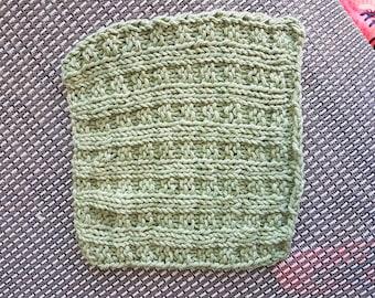 Handknitted wash/dishcloth