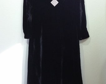 Vintage Velvet gown with Gems Accent at Chest, Black, Union label, Large