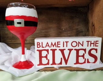 Santa Claus Red Wine Glass