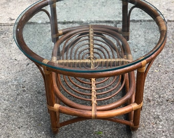 Vintage rattan coffee table in Franco Albini style - bohemian table with glass top
