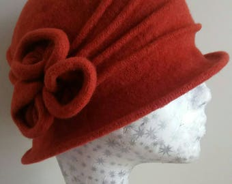 Warm Wool Cloche Hat in Rust/Orange
