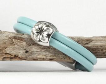 Seafoam leather bangle bracelet, Silver flower focal piece, Magnetic clasp, CarolMade L67
