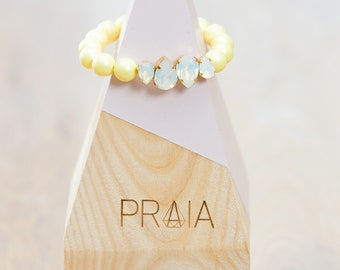 Yellow hadmade Swarovski pearl bracelet with swarovski crystals