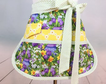 Half Vendor/Utility Sassy Floral Apron, Womens Regular and Plus Sizes, 6/8 Pockets, great for Teachers, Gardening, Farmers Market, Crafts