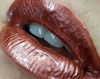 Cover Ghoul metallic muted pink lip gloss