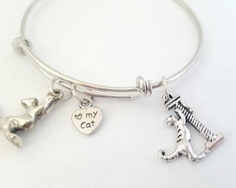 Cat charm bracelet - Cat bracelet - Cat bangle - Cat jewelry - Cat accessories - Cat apparel - Cat lovers - Cat attire - Kitty cat - Kitten