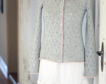 Ladies cardigan with lace, manual work