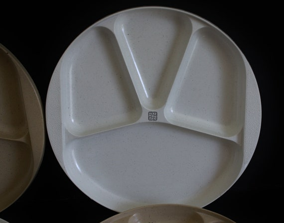 50. ? & Litton Ware Divided Plate 44096 Littonware Microwave Cookware