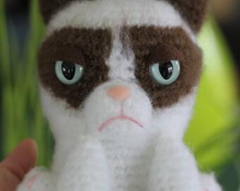 PATTERN: Grumpy Feline Amigurumi Doll
