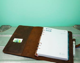Stylish Agenda Cover A5 (14,8 x 21 cm agenda size), refillable, made of beautiful oiled leather