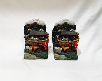 Noah's Ark bookends, Child bookends, Vintage ceramic bookends, Bible bookends, Bible decor, Bible theme, Bookcase Decor, Christian bookends