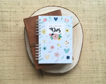 """Planner """"day by day with God"""" - A5 size"""