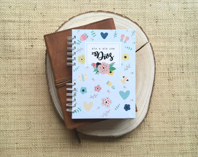 """Featured listing image: Planner """"day by day with God"""" - A5 size"""