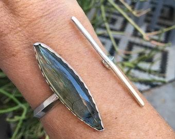 Labradorite Cuff Bracelet, Blue Flash Labradorite, Gemstone Jewelry, Modern Jewelry