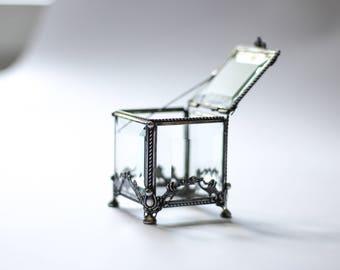 Glass Box, square ring box, geometric glass box, stained glass box, wedding ring box, ring box, ring holder, jewelry box,