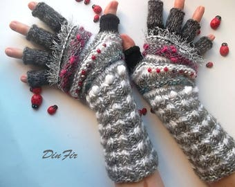 Women Size M Ready To Ship OOAK Half Fingers Wool Mohair Accessories Mittens Wrist Warmers Gloves Winter Hand Knitted Striped Arm Gray 92