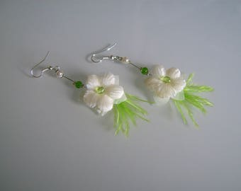 Earrings jewelry Original ivory/lime/Apple/pistachio green pr dress of bride/wedding/party/ceremony/cocktail feather flower beads