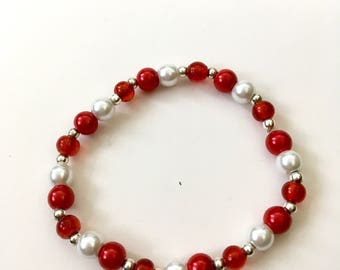 Red/White Glass Pearl Beaded Bracelet