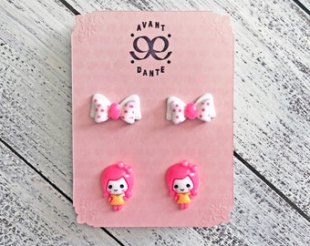China Doll, Pink and White Bow, Stud, Resin, Cabochon, Retro-Kitsch, Super Kawaii, Toy earring, Bow earring, 2 Pair