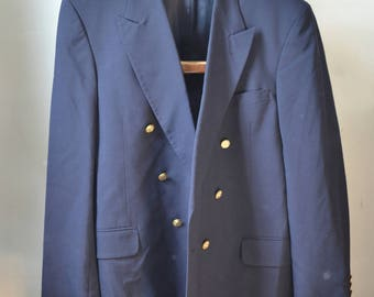 Vintage DEANSGATE WORSTED Double Breasted Navy Blue Blazer Sport Coat Brass Buttons 6x1 Size 46 L Long