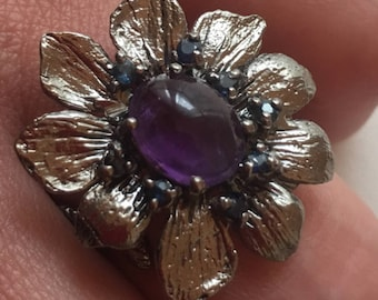 Silver ring amethyst and small sapphires / T 57