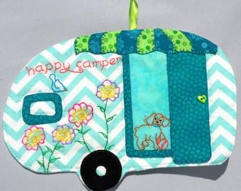 Vintage Trailer Happy Camper Mug Rug - Spaniel