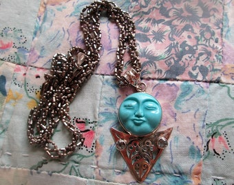 NECKLACE - TURQUOISE - MOONFACE - Blue Topaz - 19 inches fancy chain - necklace 410