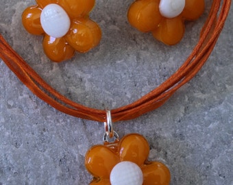 SALE Glass Orange and White Daisy Flower Necklace and Earrings