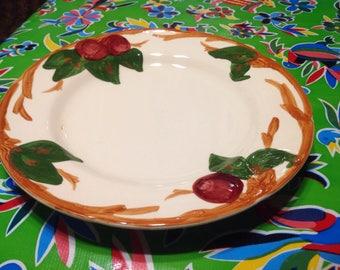 Vintage Franciscan Apple Dinner plate