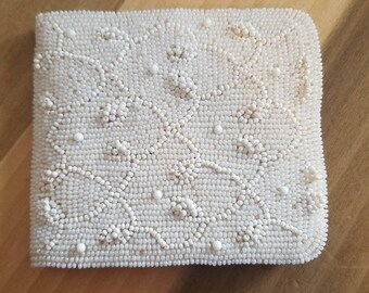 Vintage Beaded Bi Fold Wallet White Seed Beads Change Purse Snap Closure 1950s Ladies Accessory