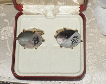 FREE SHIPPING Cavalier Cuff Links, Mother Of Pearl, Abalone Cuff Links, MOP Stone, Silver, 1940-1950's, Original Box