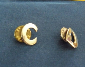 """Vintage Initial """"C"""" and """"D"""" Tie Tack or Lapel Pin Set"""