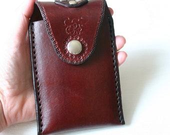 Phone Case. Leather Droid Razr case - smart phone case - Leather phone case - one of a kind - wear on your belt
