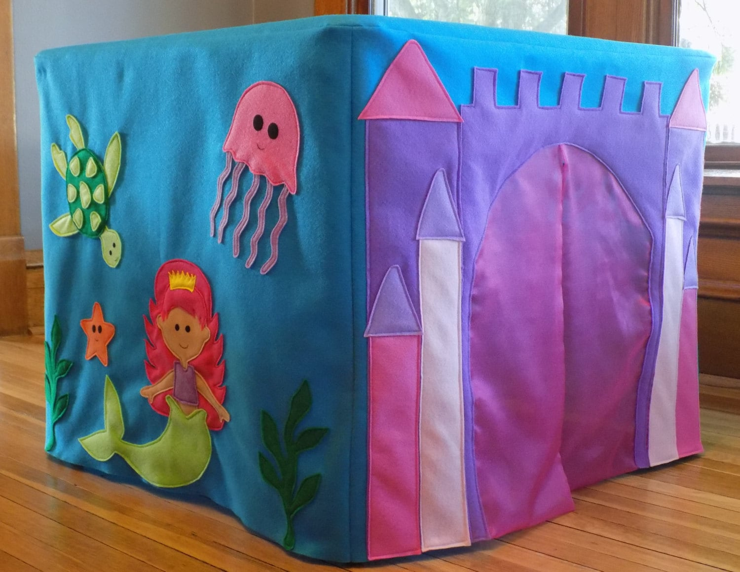 ?zoom & Mermaid Castle Card Table Play house Table Tent Fort Castle