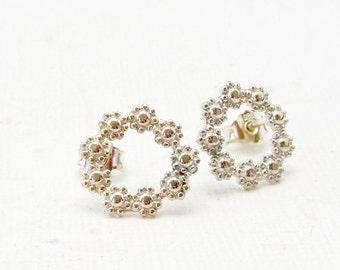 Round flower Earrings 925 silver, circle stud earrings, flowers