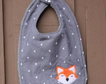 Fox Bib.  Unisex, Gray background with Fox applique, feeding, teething
