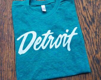 """Vintage """"Detroit"""" Silkscreened T-Shirt (Sizes: XS,S,M,L,XL,2XL)"""